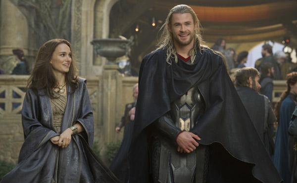 thor-the-dark-world-chris-hemsworth-thor-natalie-portman-jane-foster-600-011