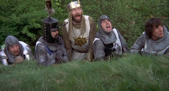 Gilliam-monty-python-and-the-holy-grail-still2